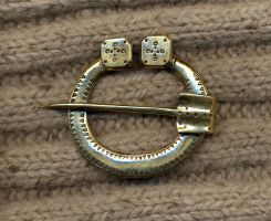 Horseshoe brooch by Ugrik