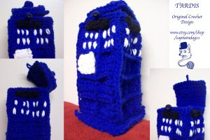 TARDIS crocheted by oddsterinJpan