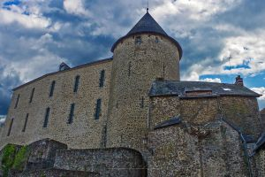 Castle of Mayenne by hubert61
