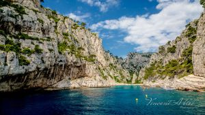 Calanques de Cassis by GamesOfLight