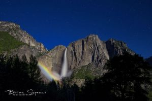 Yoesemite MoonBow by o0oLUXo0o