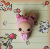Little Piggy Charm by HelloHimi