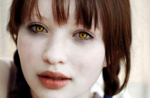 emily browning as cullen vamp by Kitty-chan-knight