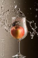 Splashing Apple n.1 by Carnisch