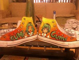 Le Gumified Chucks by Kuroeno