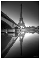 Eiffel Tower by Satourne