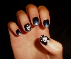 Tolkien Nails by superpsyduck