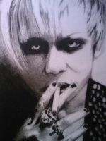 Kyo Black and white by AcexOfxSpade