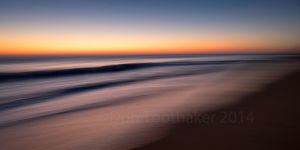 Moving Sea DT17672 by detphoto