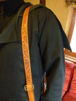 Leather Rifle-Strap 02 by Bear-Crafter