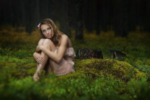 Lady in the forest 03 by Anti-Pati-ya