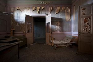 Horror hospital by CyrnicUrbex