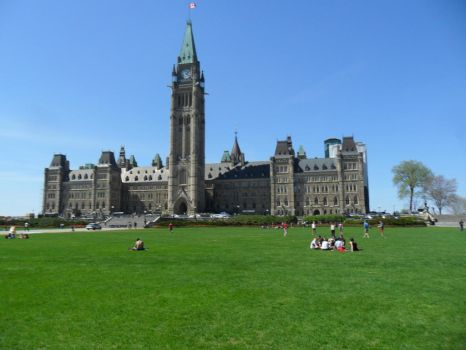 Canadian Parliament by alphaboy202