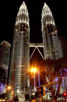 Petronas Twin Tower by TimothyRayang
