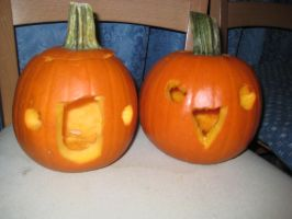 :dummy: and :la: Pumpkins by kayleero