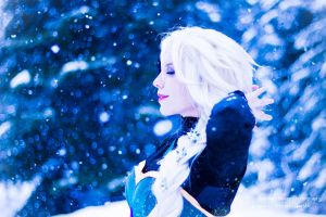 Elsa cosplay- Let it go by demonic-black-cat