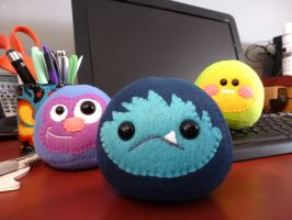 Desk Beasties by mintconspiracy