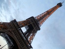 The Heart of Paris by GypsyCharm