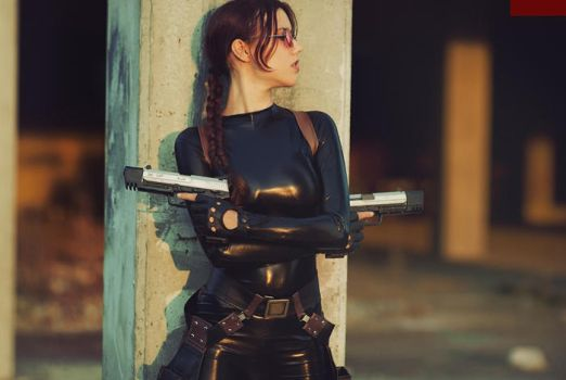 Lara Croft cosplay - catsuit improvisation 4 by TanyaCroft