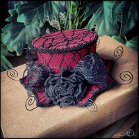 Blood red spiderweb mini hat fascinator by Elorhan