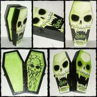 Lime Vampish coffin box by spaztazm