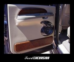 Ford Excursion - Back Door by caesar1996