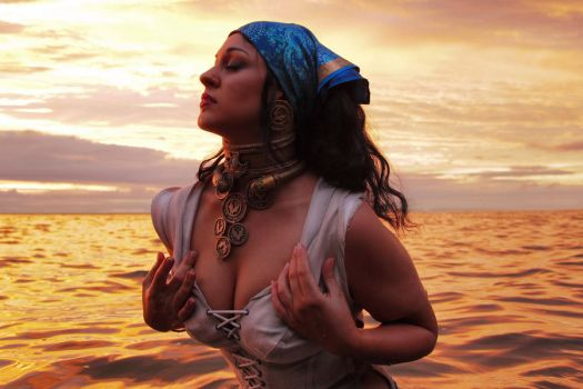 Dragon Age 2 Isabela cosplay by senedy