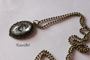 Pendant with glass cabochon by KaoriArt
