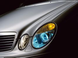 Mercedes Benz E-Class 02 by FreeWallpapers