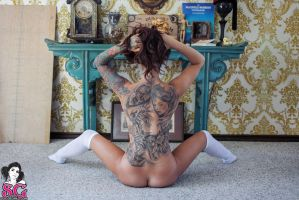 RJen Suicide in Off The Wall #40 by SuicideGirlsOFICIAL