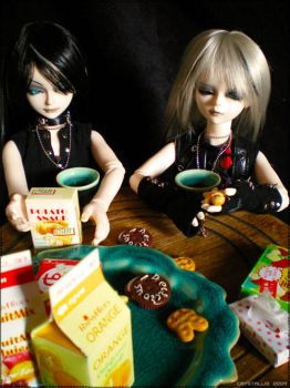 Caim+Luckyan :: Breakfast Time by Crystallis