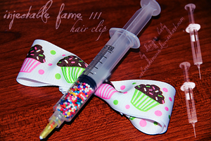 InjectableFame III - hair clip by cabaretamour