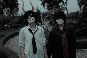 Karkat and Gamzee by kerusek