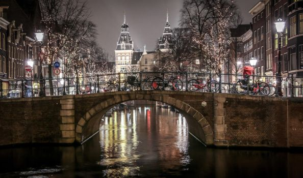 Amsterdam by teuphil