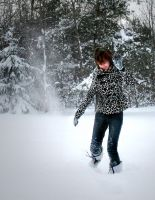 Play In Snow by ZusaLiko