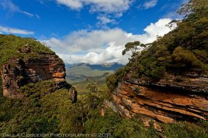 The Blue Mountains by La-Vita-a-Bella