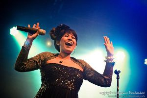 Indah of Maliq and d Essentials by thunderblue
