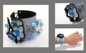 Leather bracelet. Blue by julishland