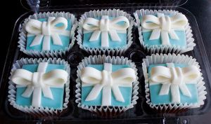 tiffany box cupcakes by l337Jacqui