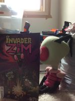 ZIM DISCOVERS HIS COMIC! by InvaderXMovies