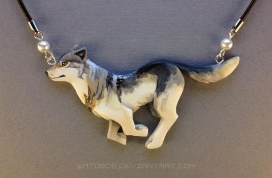 Running Wolf Necklace by Gatobob