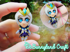 Victorious Elise inspired keychain by BunnyLandCraft