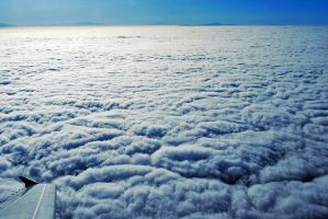 Sea of Clouds. by myxiedoo