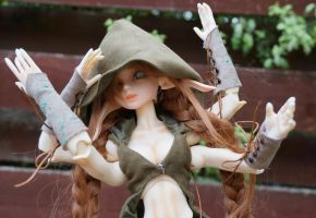 4-armed Mod Forest Elf Soom Turb Mirodoll 2 by rhiella