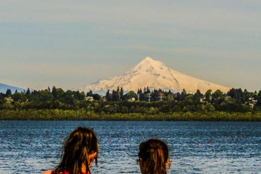 Mount Hood view by Cblue03