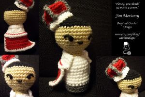 Crowned Jim Amigurumi by oddsterinJpan