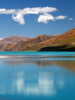 Yamdrok Yum Tso Lake by Suppi-lu-liuma