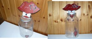 Borderlands2: Mad Moxxi's Tip Jar by backstabbingspoon
