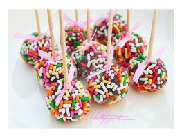 Bite Sized Cake Pops by VintageWarmth