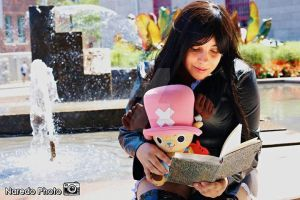 Nico robin cosplay and chopper by Luphinia